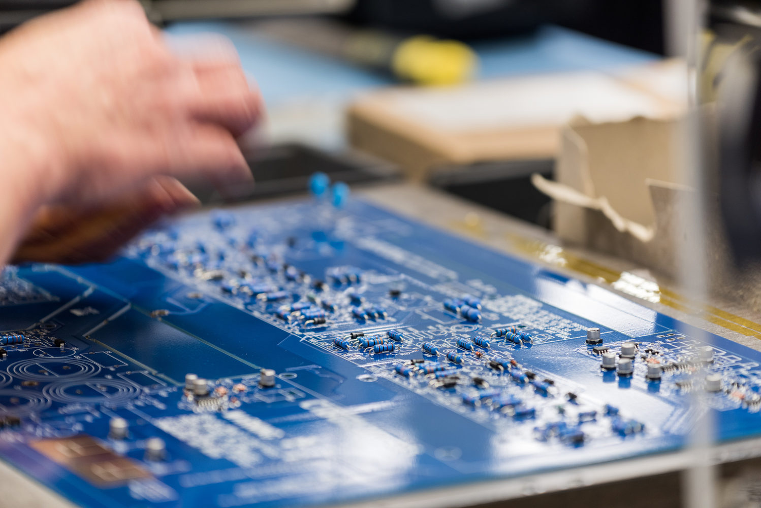 Home Uk Circuits Electronic Circuit Design Service Fr 4 Oem Produced